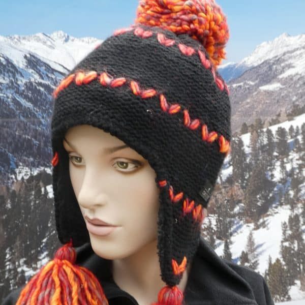 Hat black orange bobble