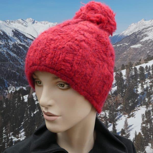 Hat plain red bobble