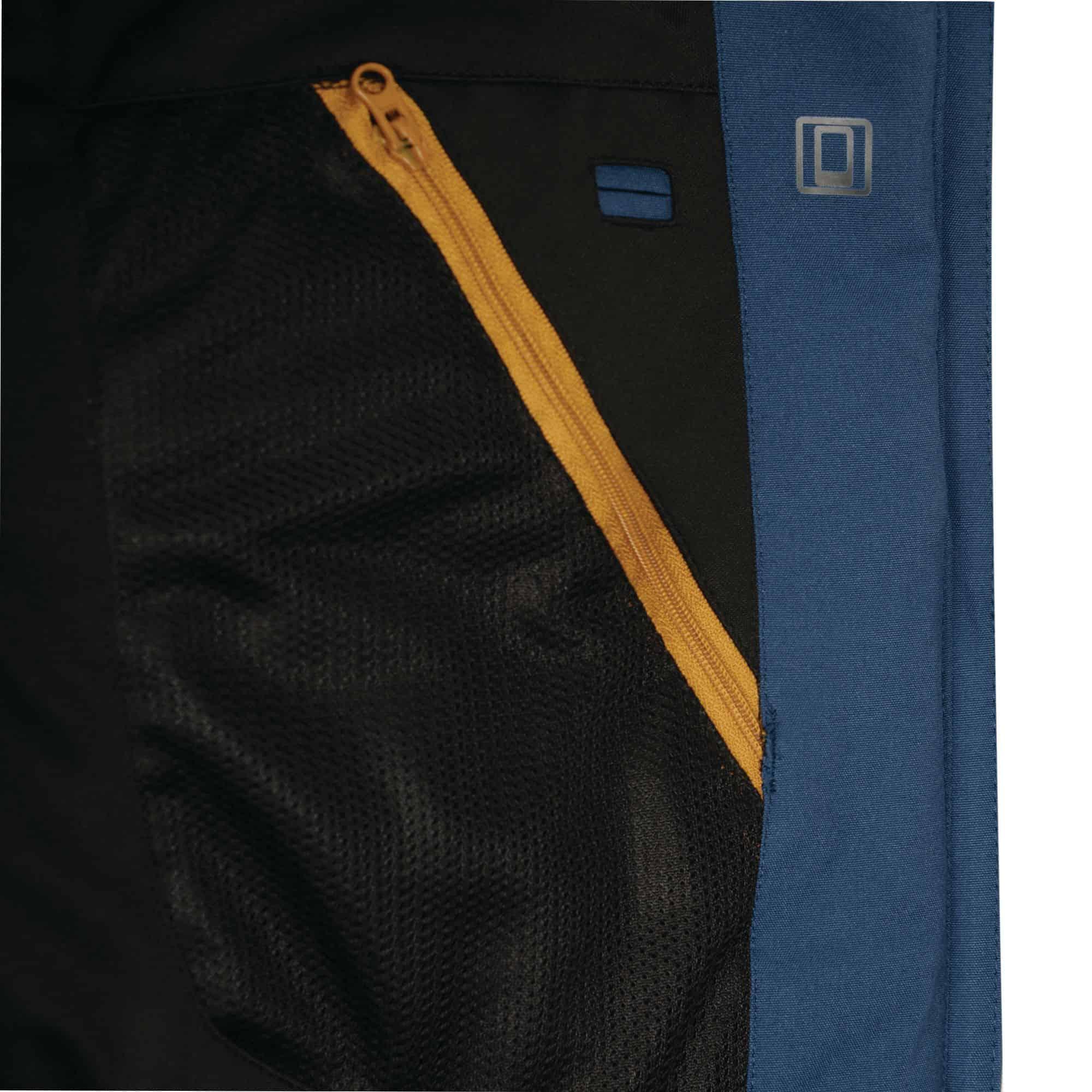 expose blue pocket